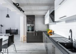 modern styled kitchen tiling in toowoomba